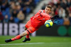 Arsenal sign Iceland goalkeeper Runarsson