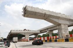 Govt wants commitment on safety from construction industry