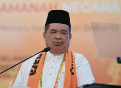 All 11 Amanah MPs support Anwar, says Mat Sabu