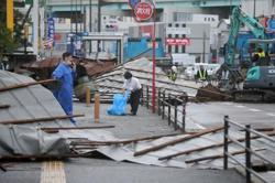 Storm heads to Tokyo area, residents told to be prepared