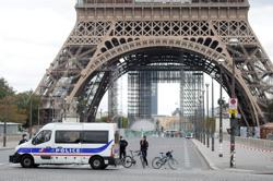 Eiffel Tower reopens to visitors after being evacuated