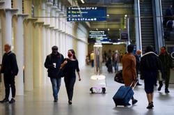 Robots target coronavirus with ultraviolet light at London train station