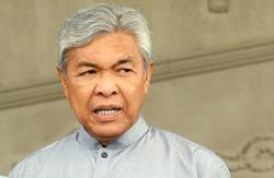 Zahid aware that many Barisan MPs have backed Anwar