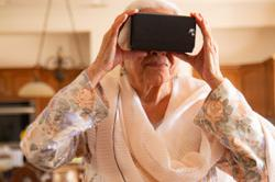 Far from home, refugees build digital heritage with virtual reality