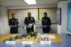 Drug distribution ring busted, four arrested