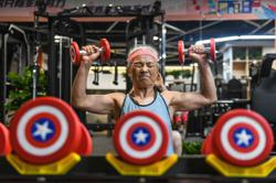 Hardcore grandma: Fitness buff is a hit in China