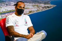 Hamilton expects FIA response to shirt protest