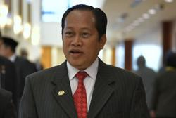 Ahmad Maslan withdraws his appeal over money laundering case