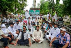 Indian farmers block roads, railways as protests mount over farm bills