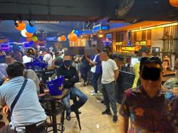 Nightclub operating with cafe licence raided, 72 issued compounds
