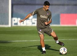 Suarez's goal record speaks for itself, says Atletico coach Simeone