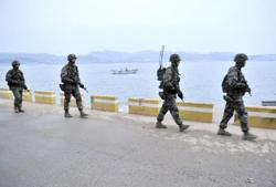 North Korea warns S. Korea against intrusion into its territory