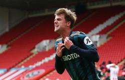 Late Bamford header gives Leeds win at Sheffield United