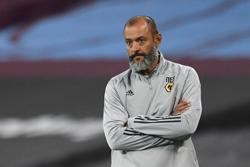 Nuno urges Wolves to rally after heavy West Ham defeat