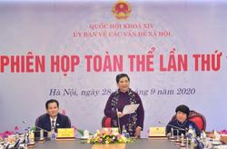 Vietnam is one of 4 best countries for treating HIV/AIDS, says top official
