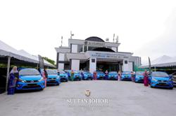 10 nurses gifted brand new wheels by Johor Sultan