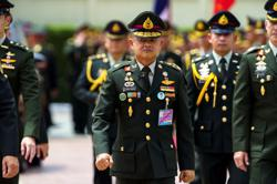 New Thai army chief pledges defence of monarchy