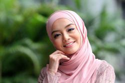 Actress Mira Filzah's tips for SPM students: 'Don't de-stress with K-dramas'