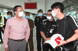 Johor govt urges Federal Govt finetune border travel SOP with Singapore