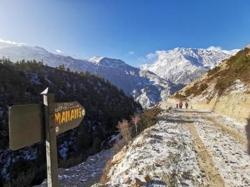 Nepal to resume issuing tourist visas for mountaineering, trekking