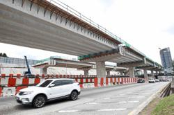 Highway builders reminded to observe safety guidelines