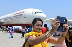 India's top court orders refunds for flights cancelled due to lockdown