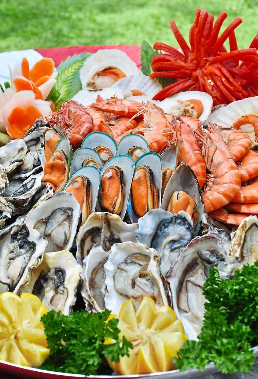 Foods that are highest in iodine are found in marine fish and shell fish, including mussels, clam, cockles and prawns. — Filepic