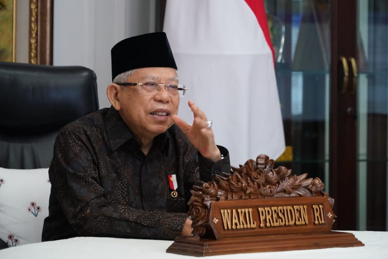 Indonesia Vice President Says Covid 19 Vaccine Need Not Be Halal Coronavirus Cases Tops 300 000 The Star