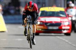 Thomas sunk, Yates dropped in Giro d'Italia stage three