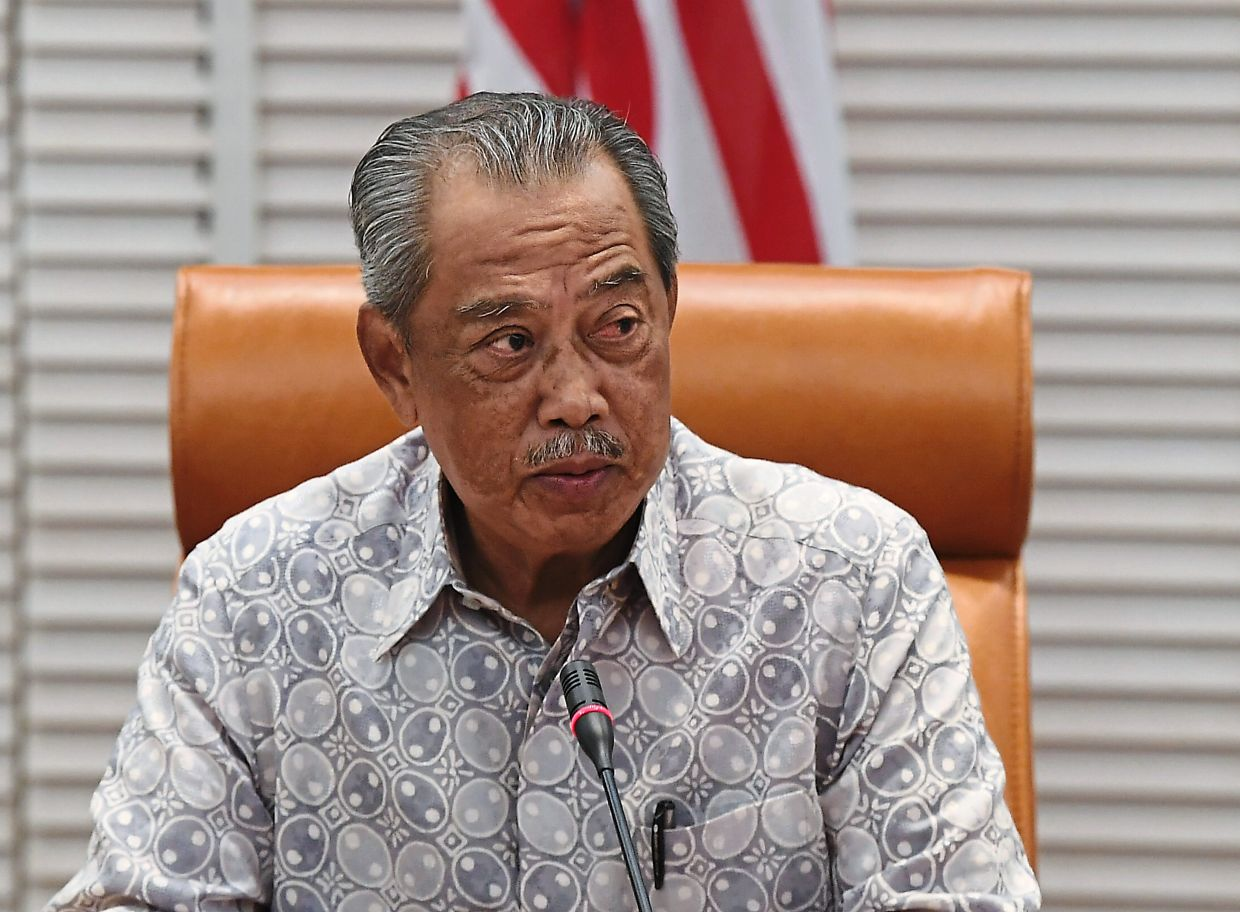 Homebound: The Prime Minister said he will be video conferencing his meetings and work will go on despite being quarantined. — Bernama