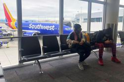 Southwest Airline can avoid layoffs through 2021 with pay cuts