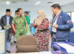 Brunei: Don't abuse power, Sultan tells Labour Dept, INRD officers