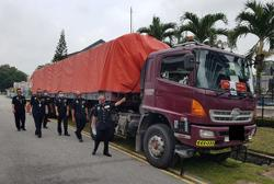 Nilai river pollution case: Cops nab two, seize 18-wheeler in Kota Baru