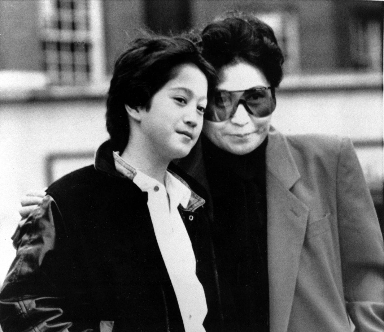 Yoko Ono with Sean Ono Lennon in 1986. Photo: AP