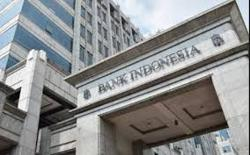 Indonesia c.bank holds rates, stresses QE for economic support