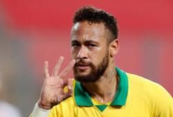 Neymar eclipses Ronaldo as hat-trick brings 64th Brazil goal