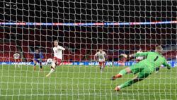 Eriksen penalty earns Denmark win over 10-man England