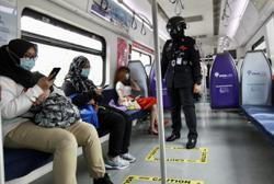 KTMB testing heat scanning helmets for police on patrol