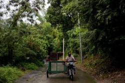 For isolated tribe, Philippine rickshaw brings learning amid pandemic