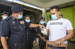Cops attacked while enforcing SOP in Kota Baru