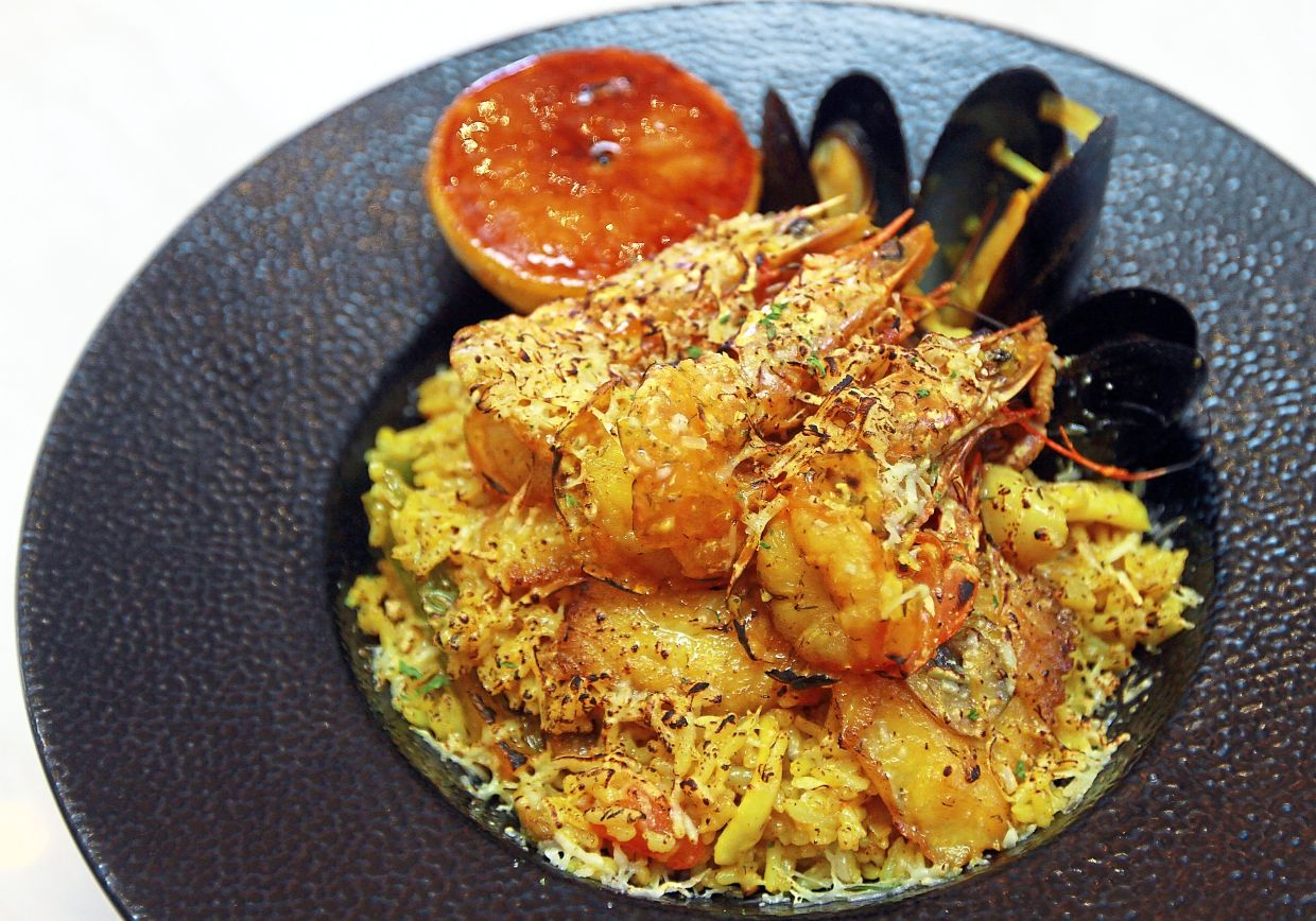 The Spanish Seafood Paella is fragrant and appetising.