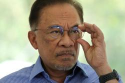 Anwar to meet police today