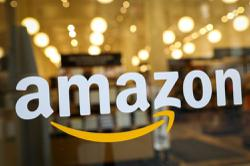 US senators ask Amazon if it tracks employees, curbs bids to form unions