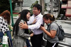 Thai PM says not quitting, protest ban to last up to 30 days