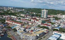 Covid-19: Man under quarantine in Miri hotel found wandering in city centre