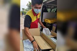 988 gives away 2nd batch of 'pandemic-prevention kit'