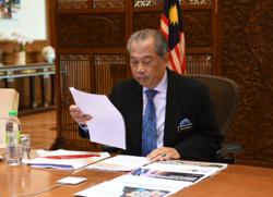 Muhyiddin back in office after completing 14-day home quarantine