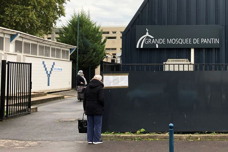 France shuts Paris mosque in crackdown after teacher's beheading | The Star