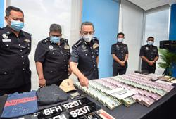 Trio held over RM1mil heist
