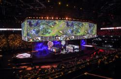 Virtual swords drawn as eSports worlds in China defy virus